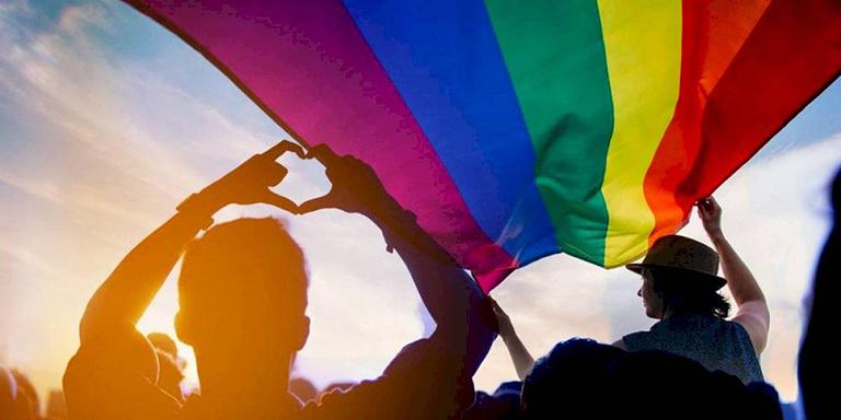 """Qué son las """"zonas libres de LGBT"""" de Polonia"""